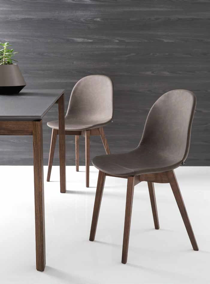 Sedia ACADEMY Gambe in Legno by Connubia Calligaris